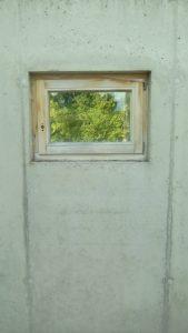 1 window